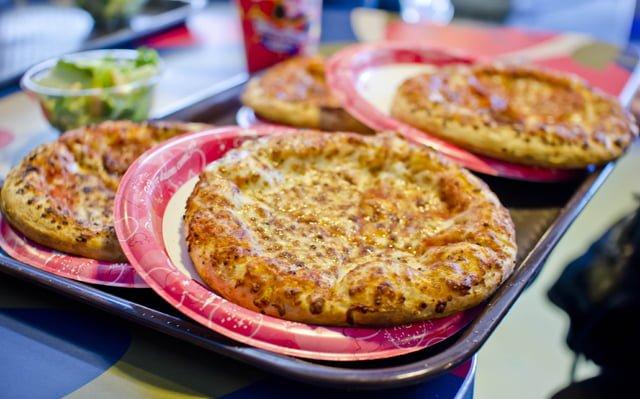 Pizzafari Disney Restaurant Review