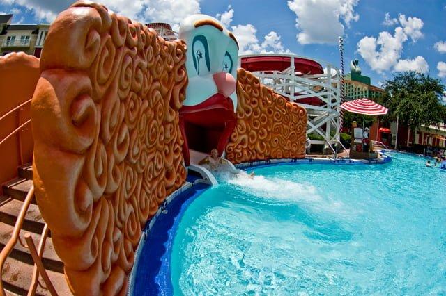 disney-boardwalk-inn-pool
