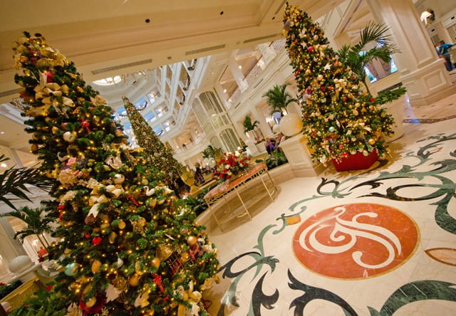 Disney world resort christmas decorations tour