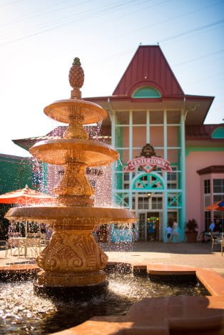 caribbean-beach-fountain-1