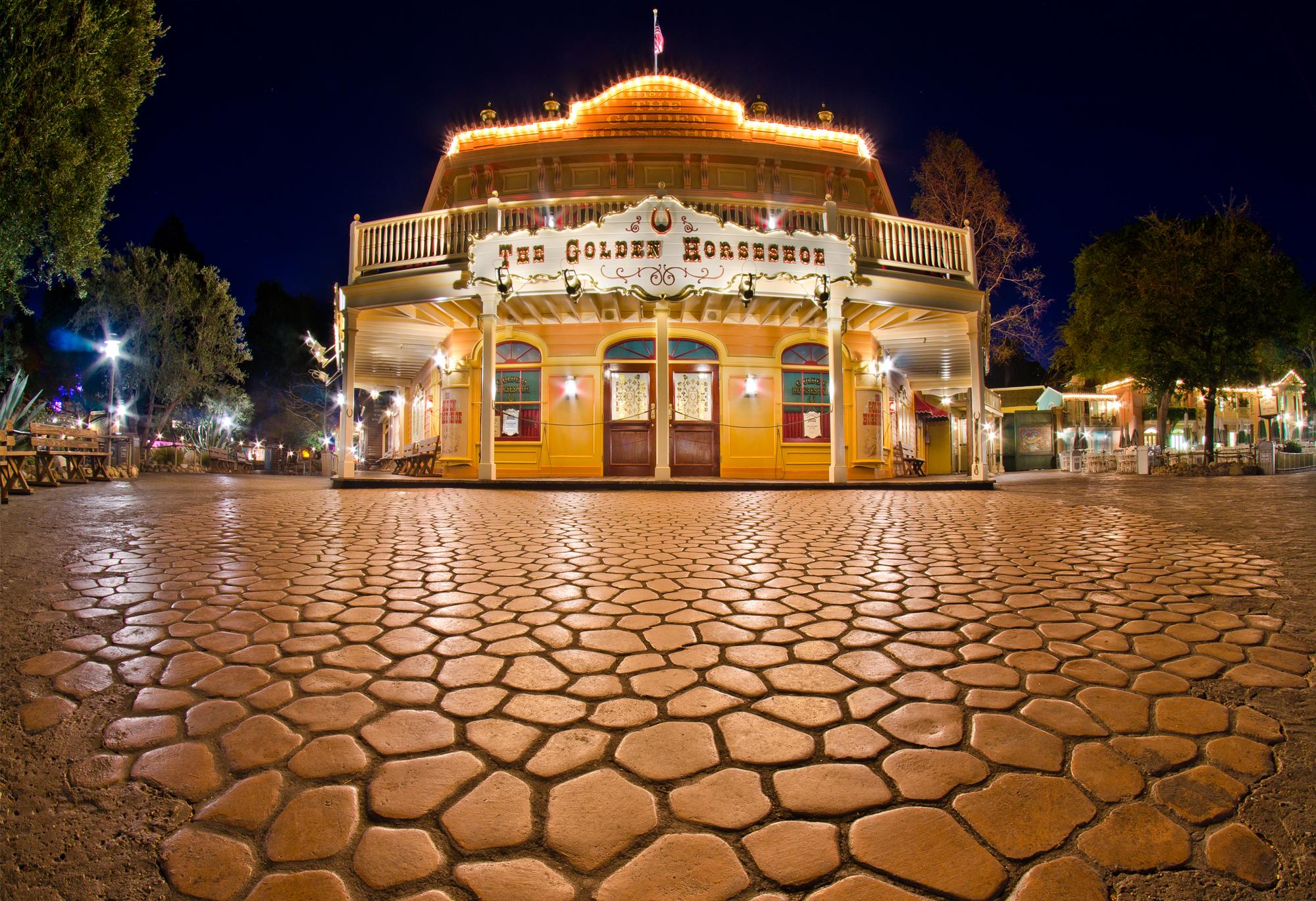 The Golden Horseshoe - Disneyland