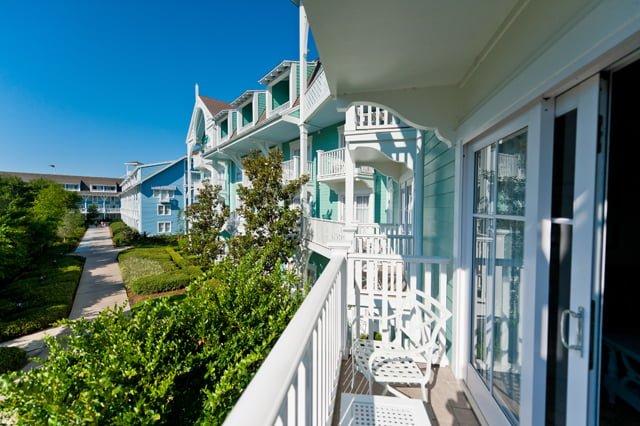 Disney 39 s beach club resort review disney tourist blog for Garden view rooms at disney beach club