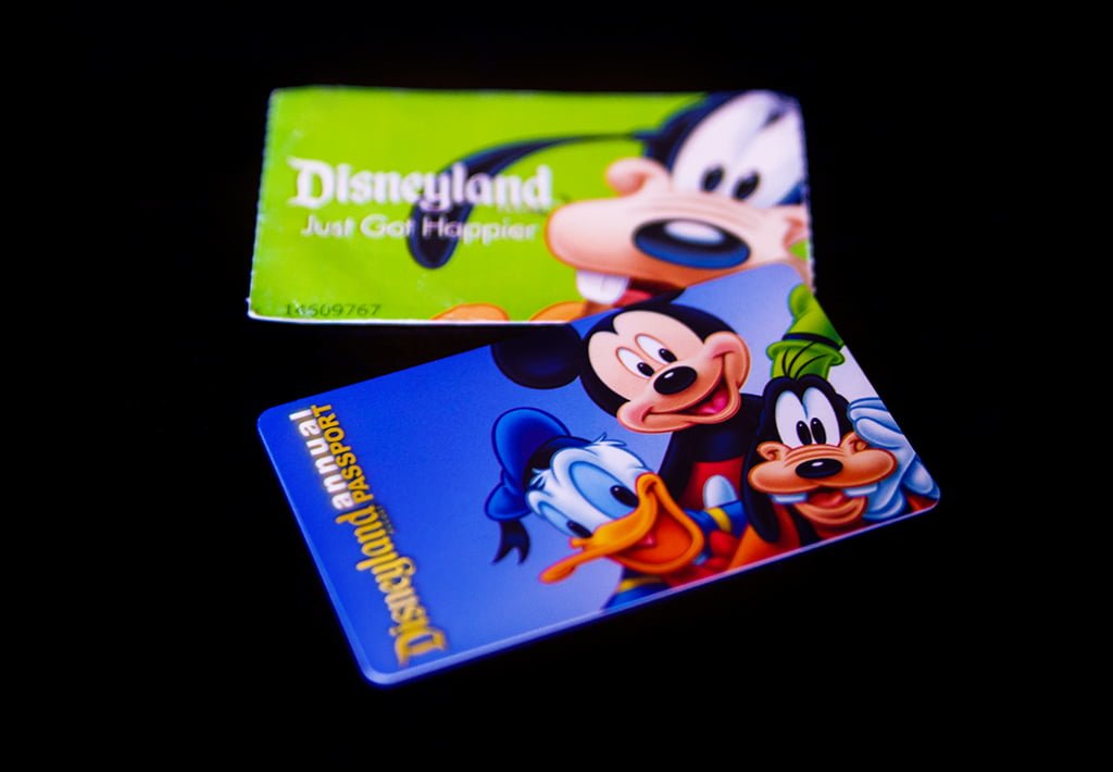 Tips for saving money on disneyland tickets by buying from authorized