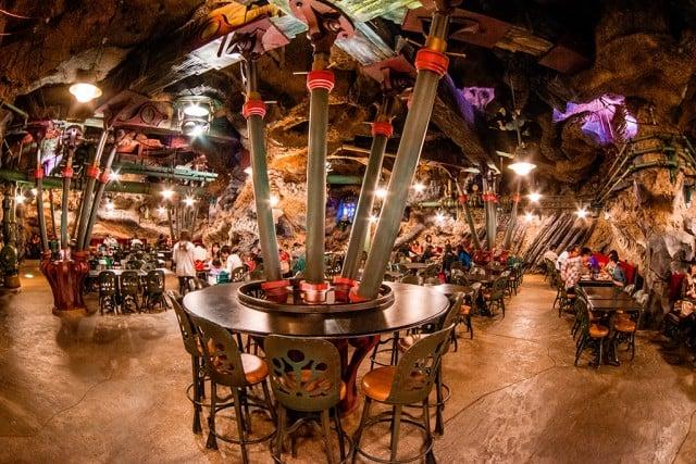http://www.disneytouristblog.com/wp-content/uploads/2013/07/vulcania-restaurant-seating-640x427.jpg