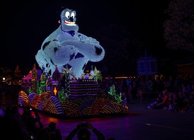 Tokyo-Disneyland-Spring-2013-0339