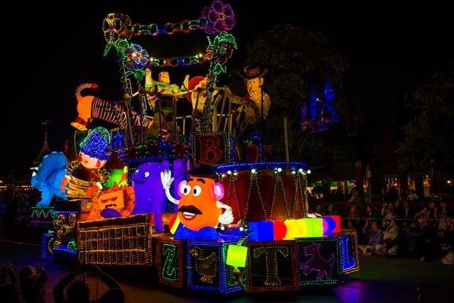 Tokyo-Disneyland-Spring-2013-0346