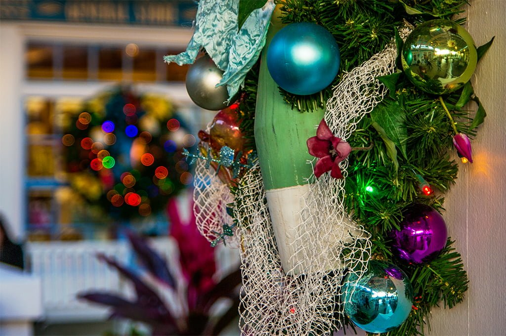 When Does Disney Decorate For Christmas 2013 Photograph Be