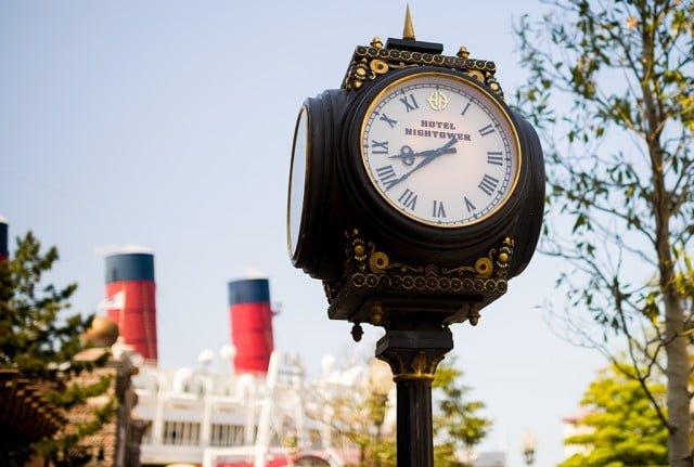 Tokyo-Disney-Resort-Spring-2013-0377