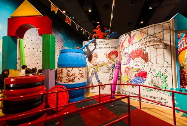 Tokyo-DisneySea-Toy-Story-Mania-0617