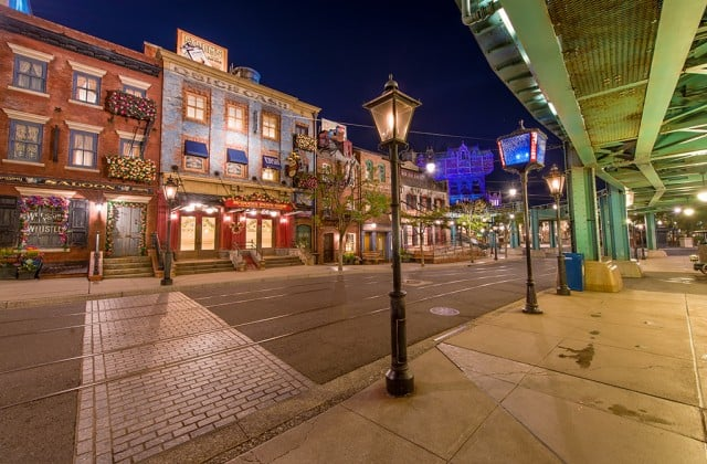 american-waterfront-facades
