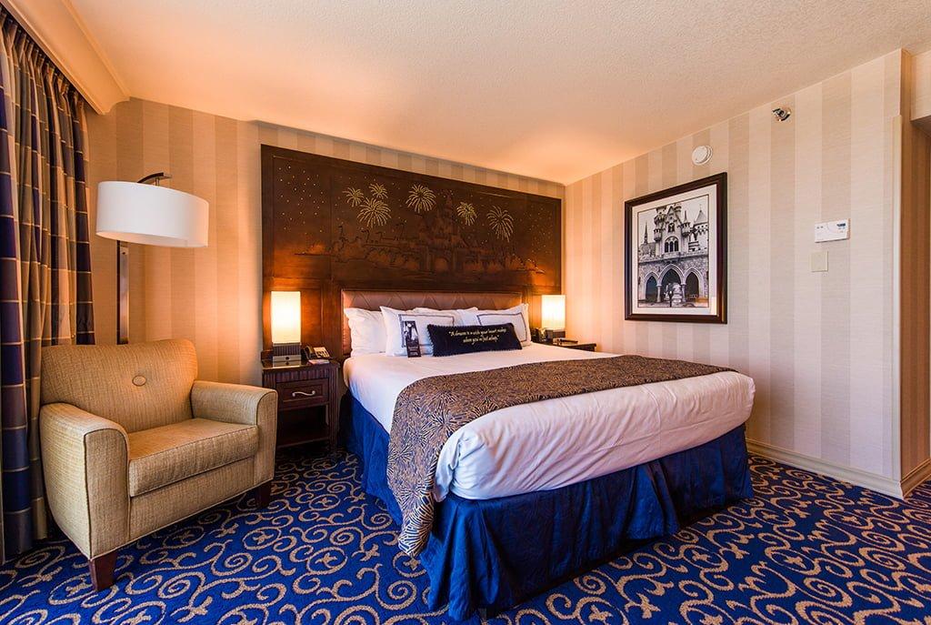 Bedroom Hotel Rooms In Anaheim
