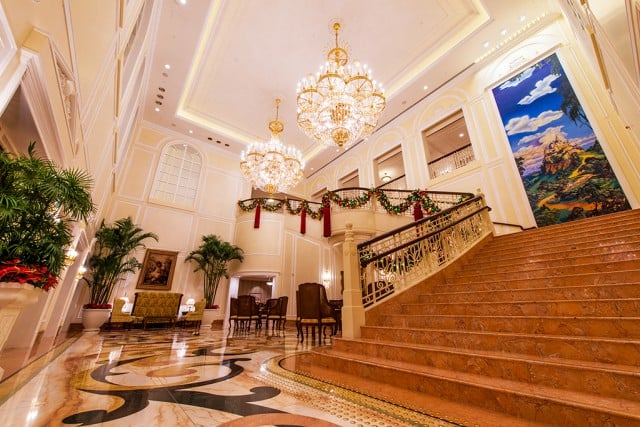 hong-kong-disneyland-hotel-stairway