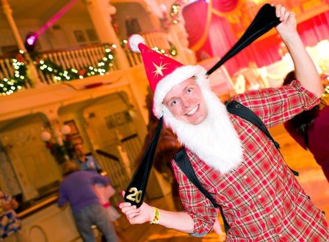tom-bricker-dance-party-christmas