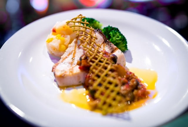 queen-of-hearts-banquet-hall-seafood