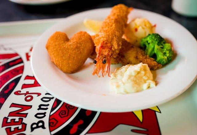 queen-of-hearts-banquet-hall-seafood-sampler