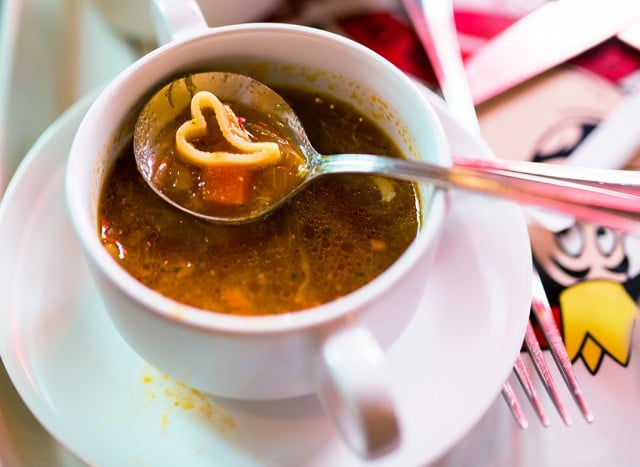 queen-of-hearts-banquet-hall-soup