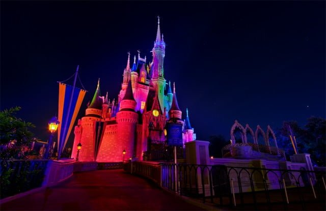 cinderella-castle-halloween-lighting