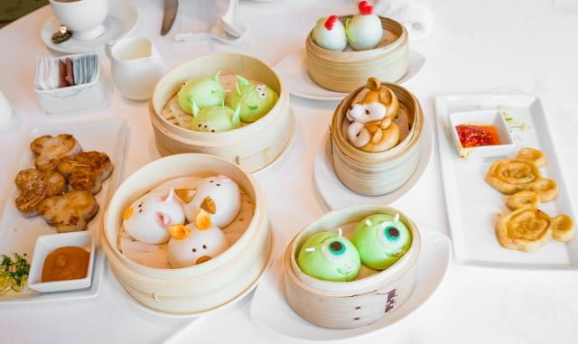 Crystal lotus review disney tourist blog for Cuisine x hong kong