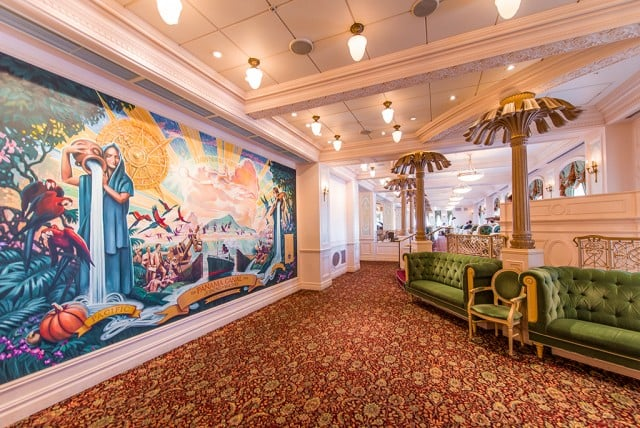 Tokyo-Disney-Resort-Spring-2013-0452