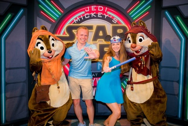sarah-tom-bricker-star-wars-character-dinner