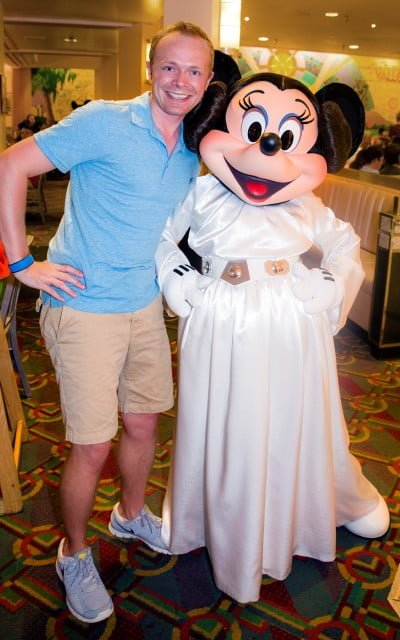 minnie-mouse-star-wars-weekends-dinner