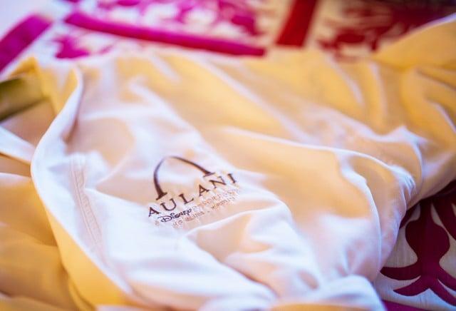 aulani-bathrobe