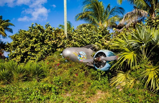 castaway-cay-airplane