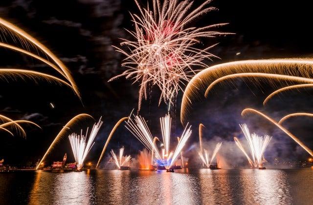 illuminations-fireworks-epcot-2