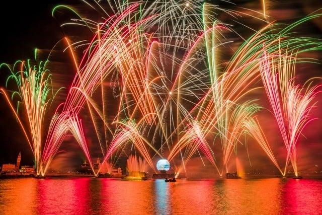 illuminations-fireworks-epcot