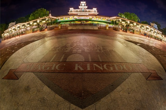 magic-kingdom-entrance