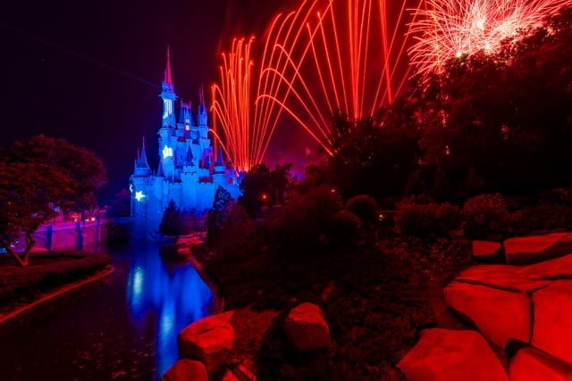 wishes-tomorrowland-bridge-sorcerer-mickey