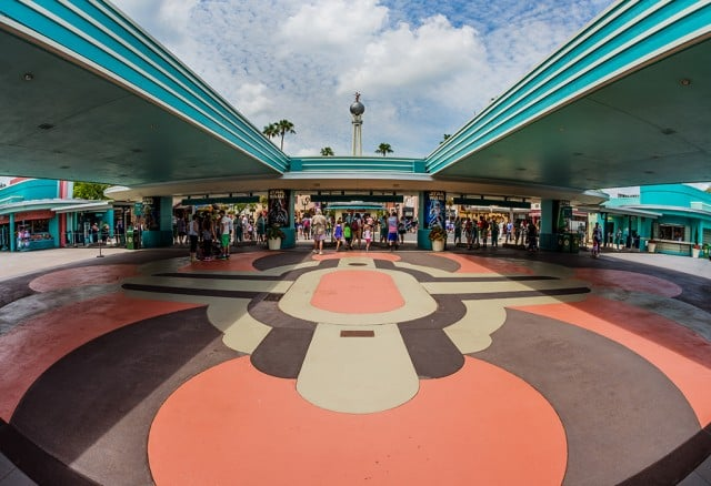 disneys-hollywood-studios-entrance