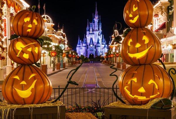 best worst dates 2017 mickeys not so scary halloween party disney tourist blog - Disney Halloween Orlando