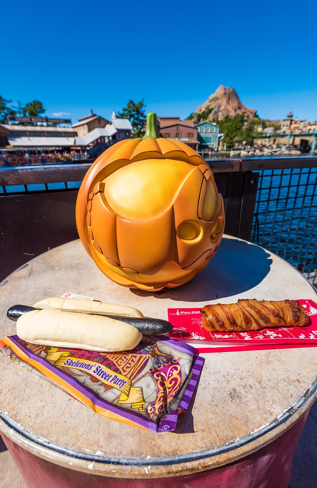 Halloween at Tokyo DisneySea - Disney Tourist Blog