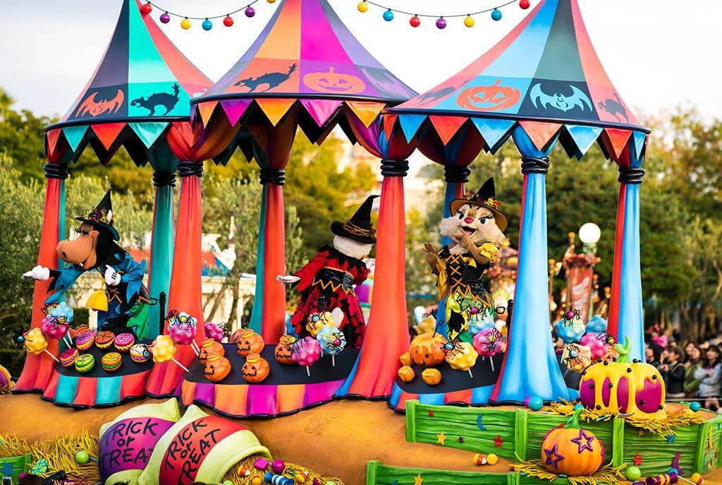 halloween at tokyo disneyland - When Does Disneyland Decorate For Halloween