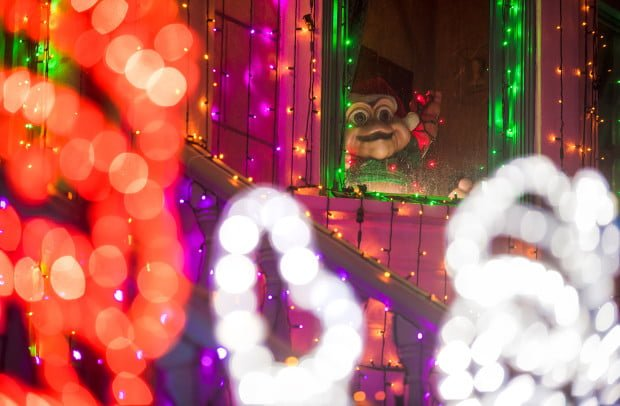 baby-sinclair-foreground-bokeh-osborne-lights