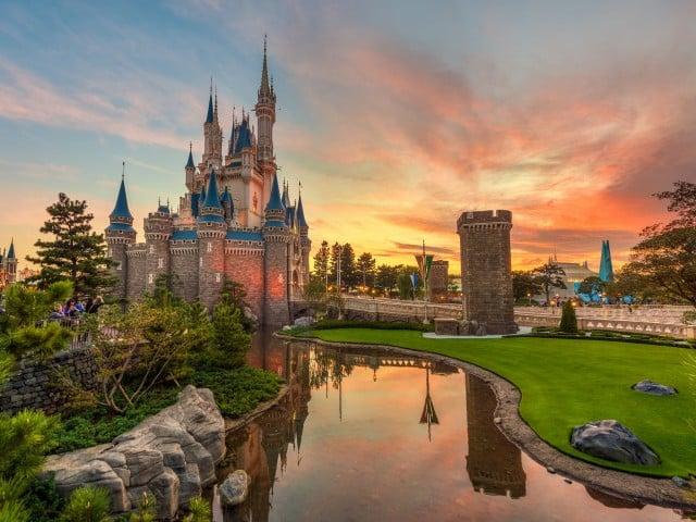 castle-sunset-ipad