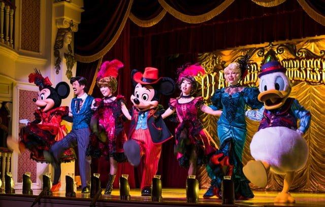 mickey-company-tokyo-disneyland-dance-line