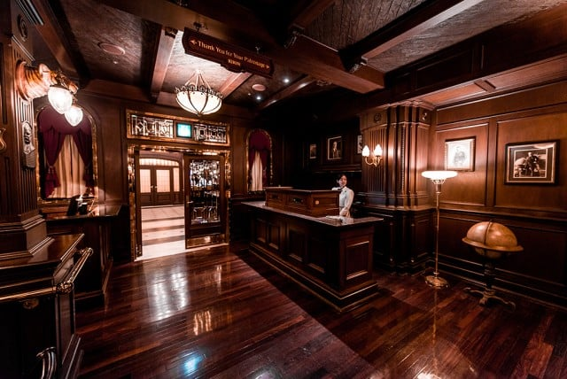 teddy-roosevelt-lounge-lobby