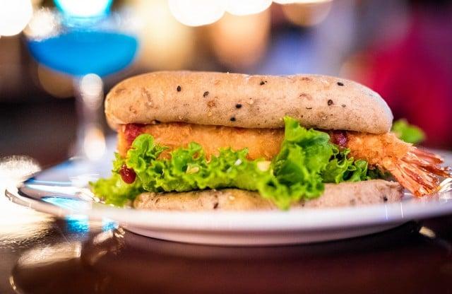 teddy-roosevelt-lounge-sandwich-2