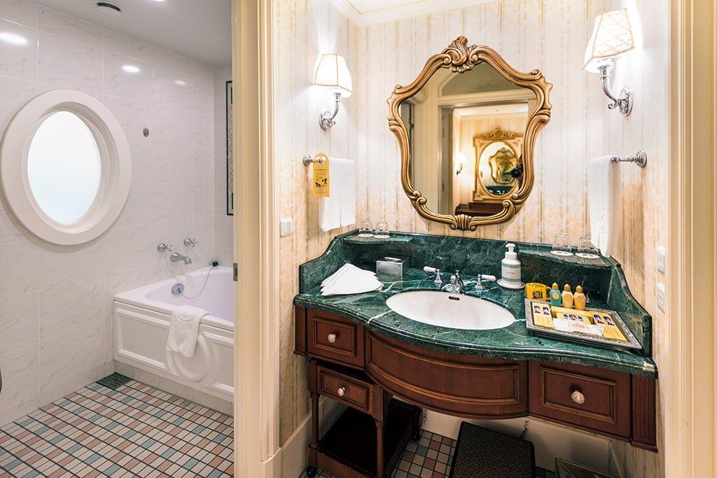 「Tokyo Disneysea Hotel」的圖片搜尋結果
