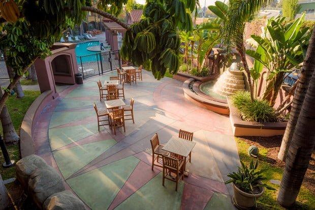 Disneyland good neighbor hotel review hotel menage disney tourist