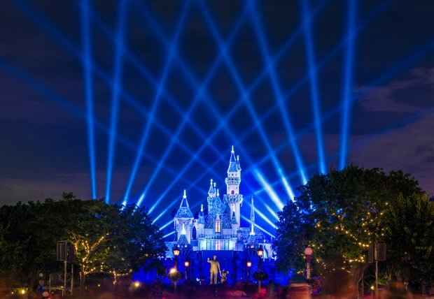 disneyland-diamond-celebration-spotlights