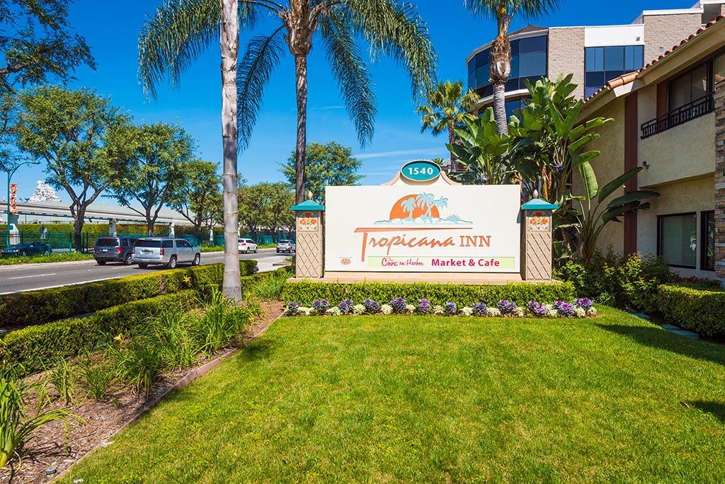 Tropicana Inn Motel
