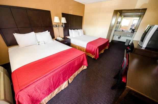 alpine-inn-room