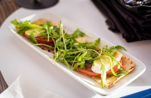 top-world-lounge-bay-lake-tower-disney-vacation-club-walt-disney-world-restaurant-853