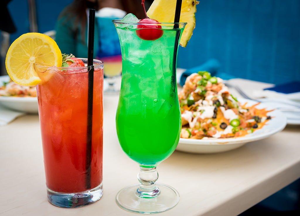 Top 10 disney bars lounges disney tourist blog for Bar food top 10