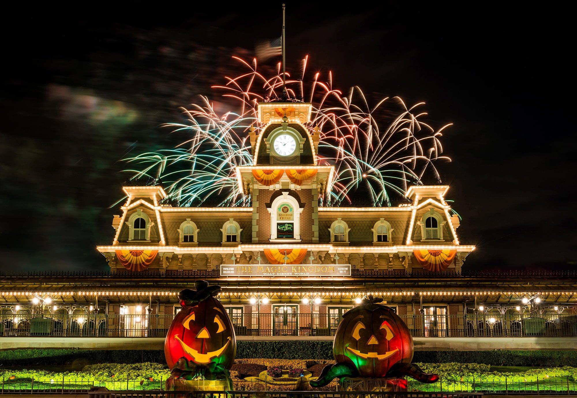 2016 mickeys not so scary halloween party recap