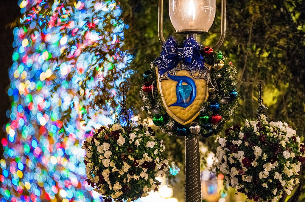 Christmas At Disneyland 2015 Update Disney Tourist Blog