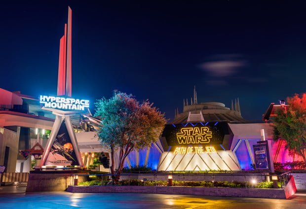 season-of-force-star-wars-force-awakens-disneyland-night